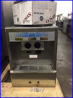 Taylor Soft Serve ice cream and custurd machine air-coolded table top unit