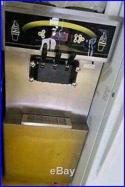 Taylor Taycool Ice Cream Frozen Yogurt Machine Came New In Crate It's Mint