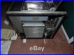 Taylor TaylorMate Model 152 Soft Serve Frozen Yogurt Machine 2 Gallon Hopper NR
