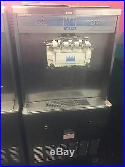 Taylor frozen yogurt/ice cream machine