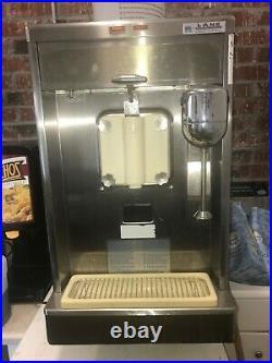 Taylor soft serve ice cream milk shake machine 490-33 3Phase with spinner