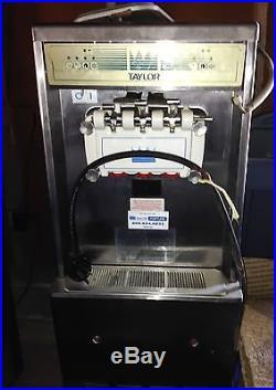 Taylor soft serve ice cream yogurt machine 794-27 single phase air cooled