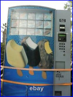 Vending Machine For Ice Cream (not Fully Tested Repair Or Parts)